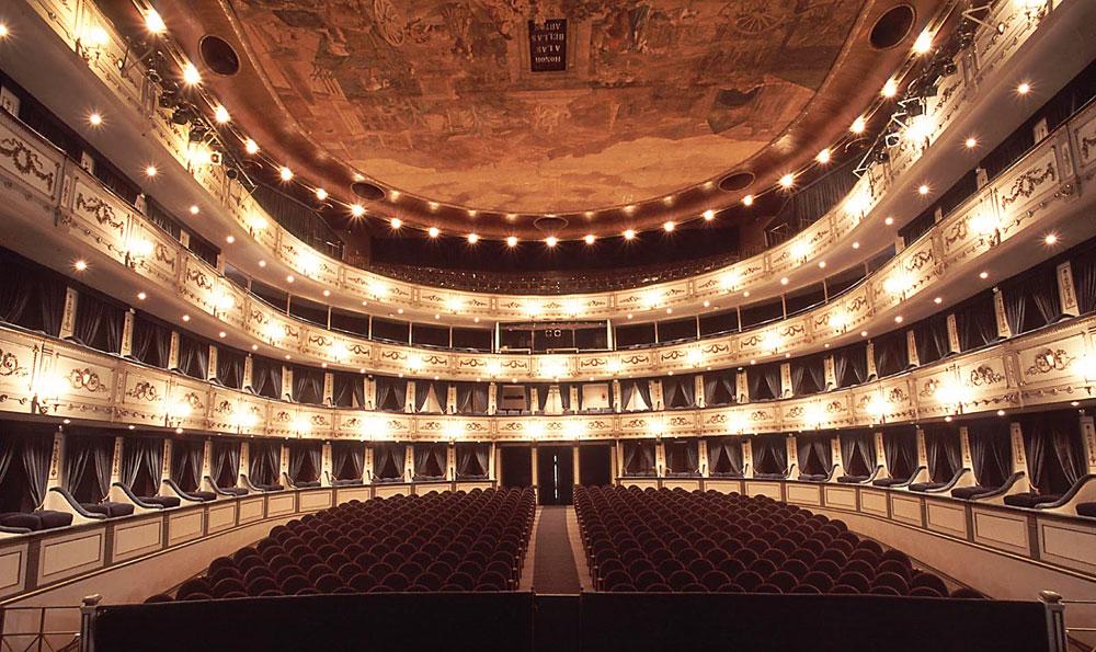 Ma At Teatro Nacional Cervantes Ma Lighting International